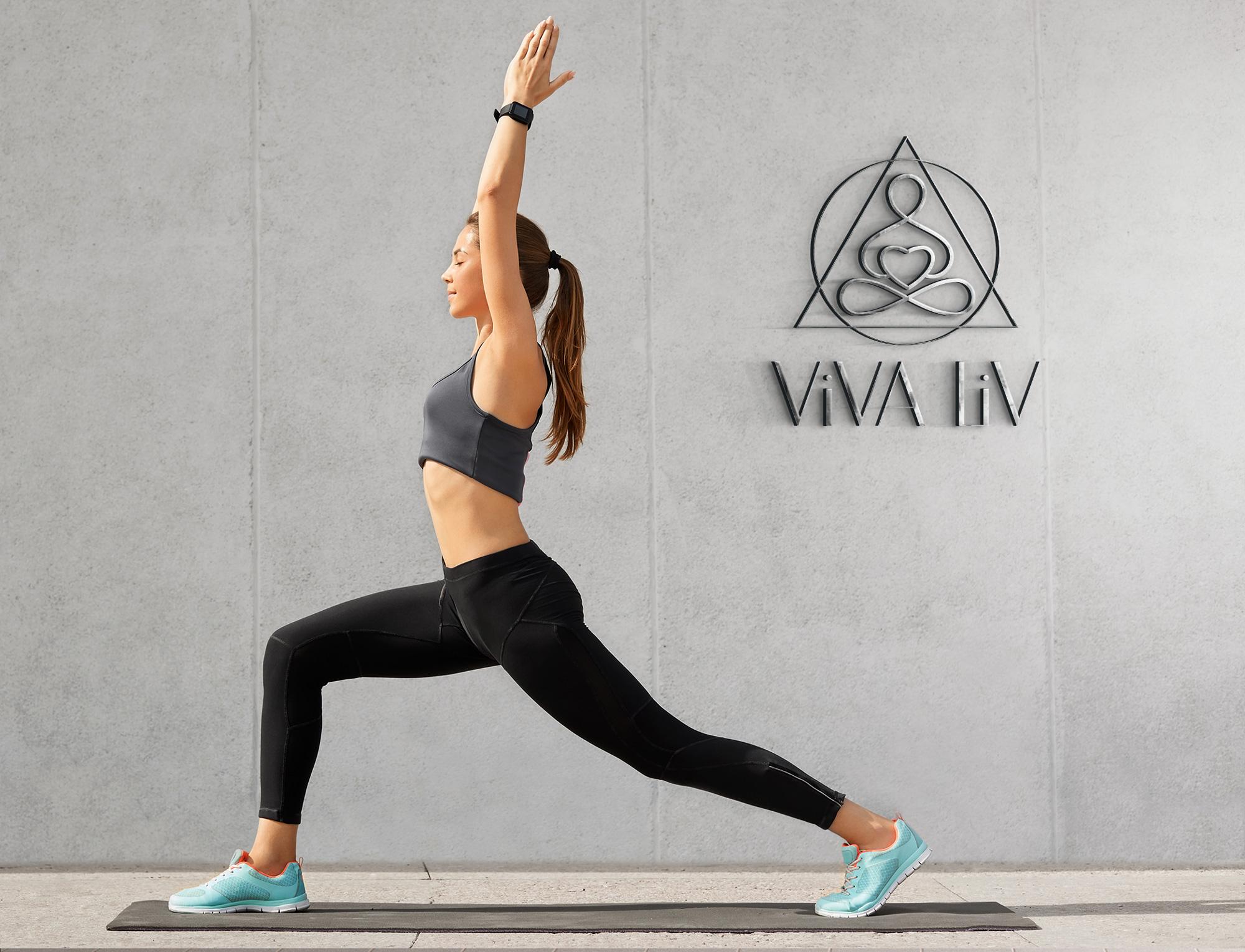 разработка логотипа для бренда одежды йога
